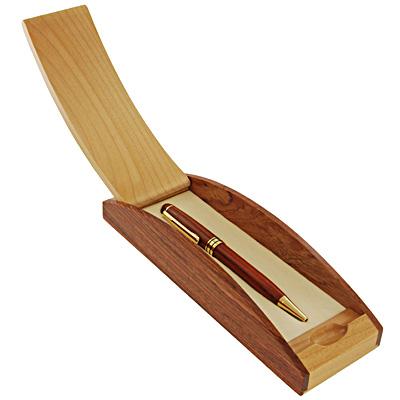 Шариковая ручка из дерева